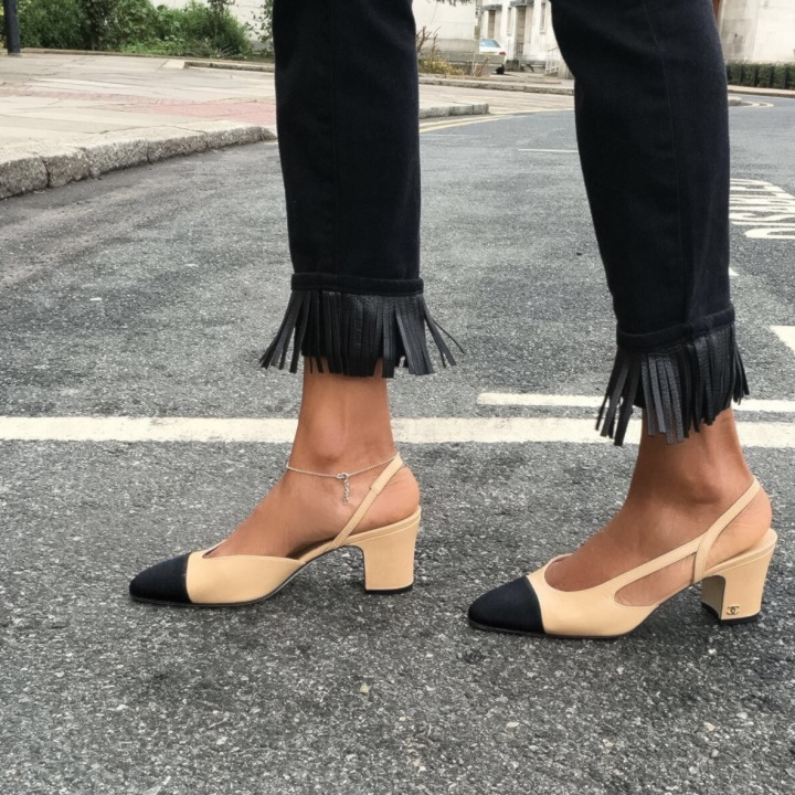 fringed-jeans-frayed-jeans-chanel-shoes-chanel-slingback-shoes