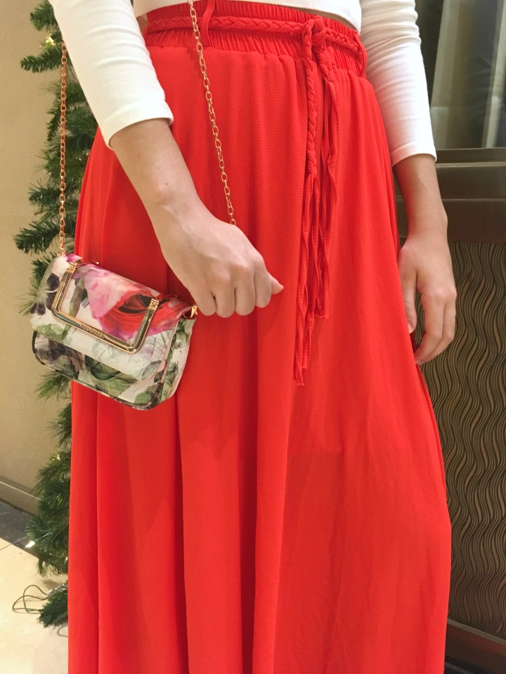 oxygene-coral-maxi-skirt-and-ted-baker-floral-clutch-shoulder-bag